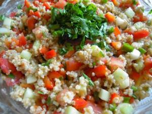 Tabuli - sałatka z kaszy z warzywami